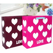 Love Shape Promotional Paper Packaging Gift Bag With Handles